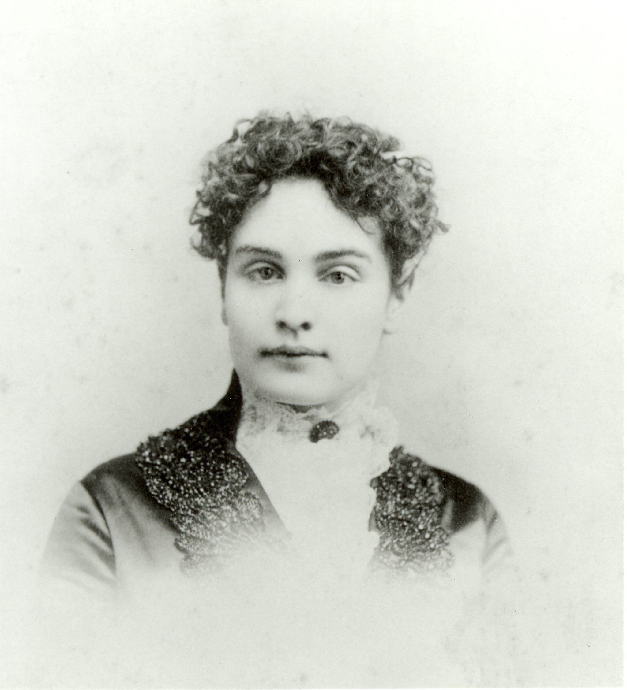 Photo portrait of Anne Sullivan
