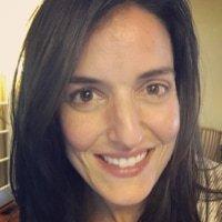 Headshot of Rachel Bennett