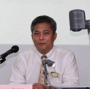 Headshot of Samart Ratanasakorn